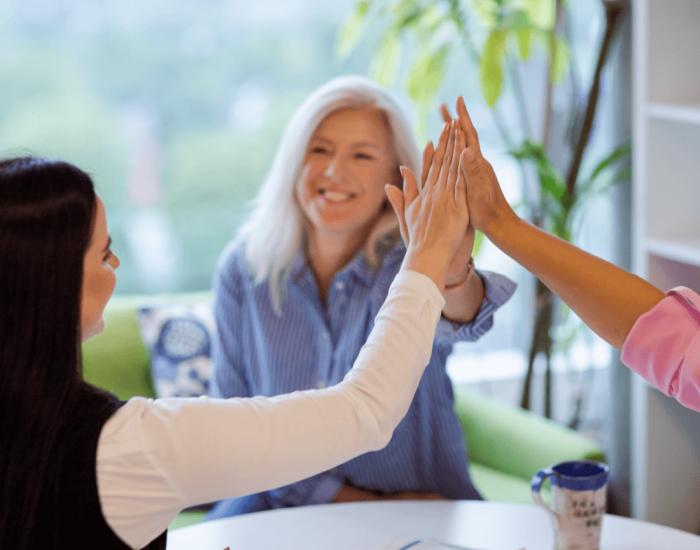 CV-Online recruitment services_teamwork